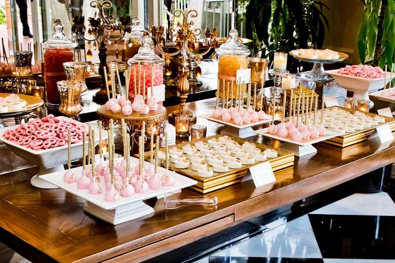 la-dolce-idea-dessert-table-la-valencia-gold-pink-01
