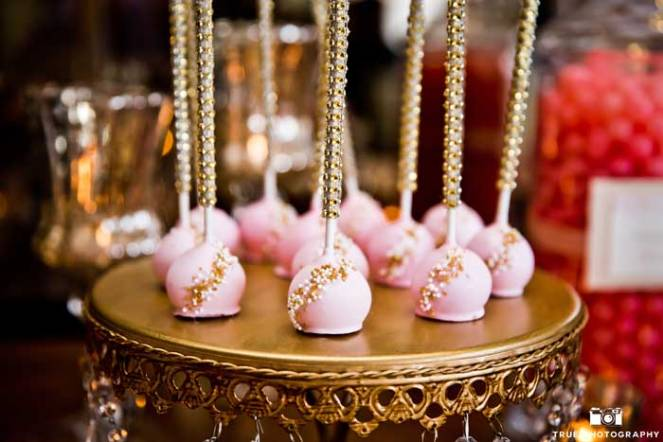 la-dolce-idea-dessert-table-la-valencia-gold-pink-02