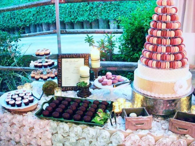 ladolceidea-san-diego-safari-wedding-dessert-table_2