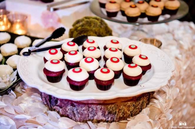 ladolceidea-san-diego-safari-wedding-dessert-table_8