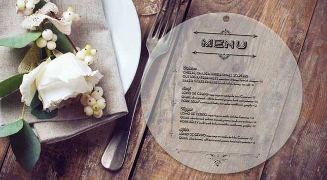 livelovelast-plastic-wedding-menu-card-rustic