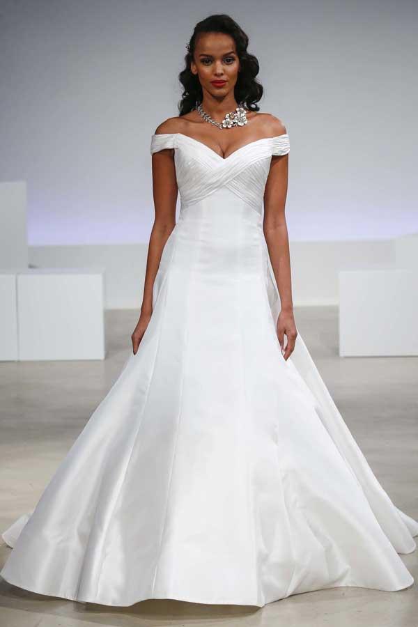 new-york-bridal-fashion-week-fall-2017-anne-barge