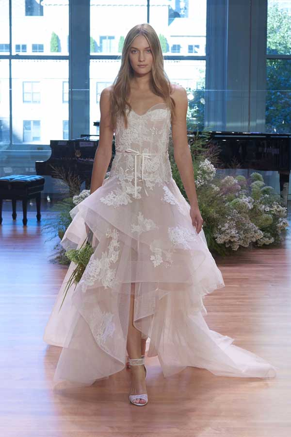 new-york-bridal-fashion-week-fall-2017-monique-lhuillier