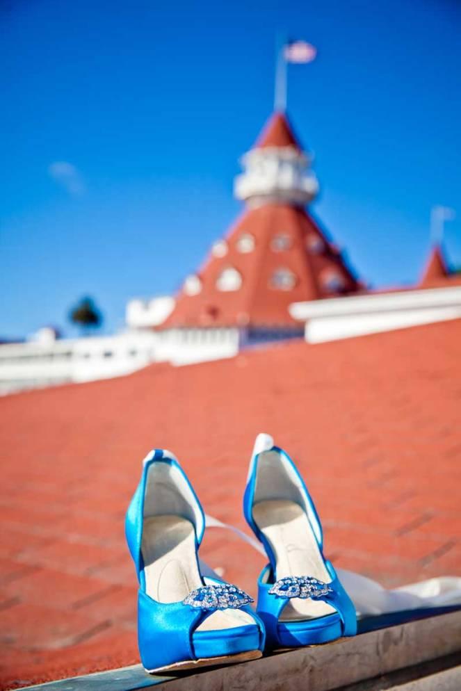 hope-zack-hotel-del-coronado-wedding-02