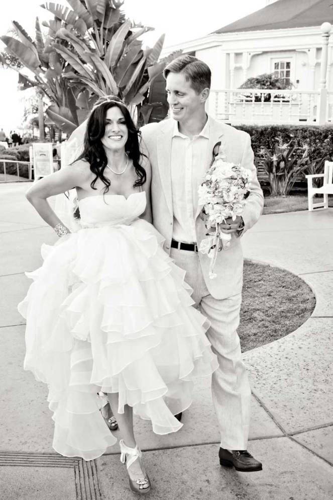 hope-zack-hotel-del-coronado-wedding-06