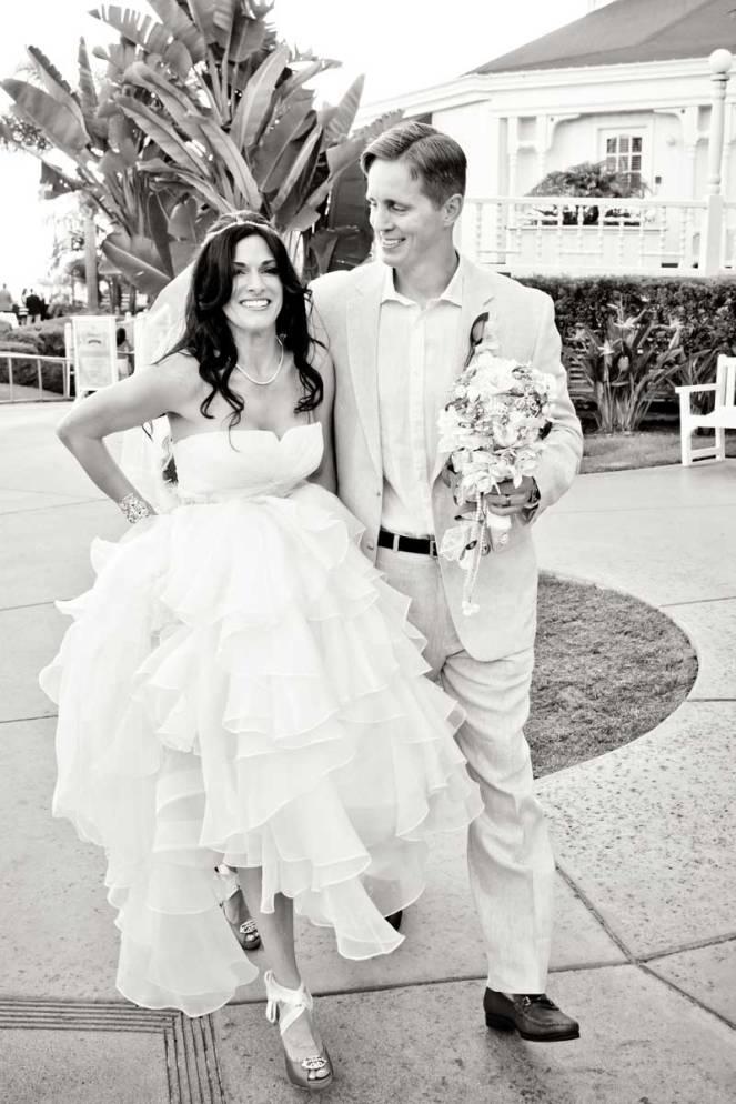 hope-zack-hotel-del-coronado-wedding-06