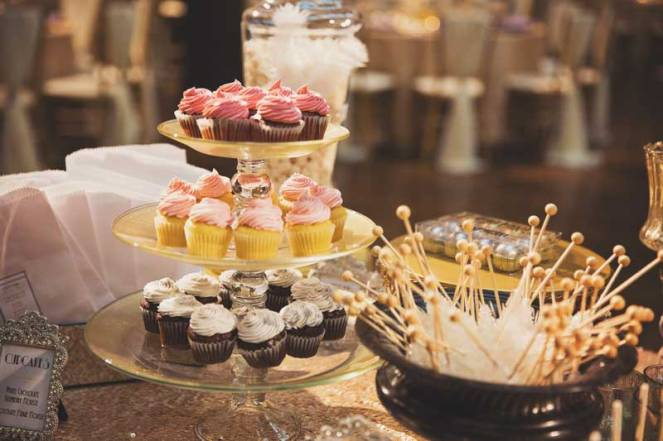 la dolce idea weddings soirees san diego reception at the prado balboa park dessert table macarons cake pops cupcakes gold black roaring twenties great gatsby